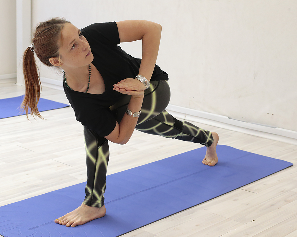 Омолаживающая йога для женщин